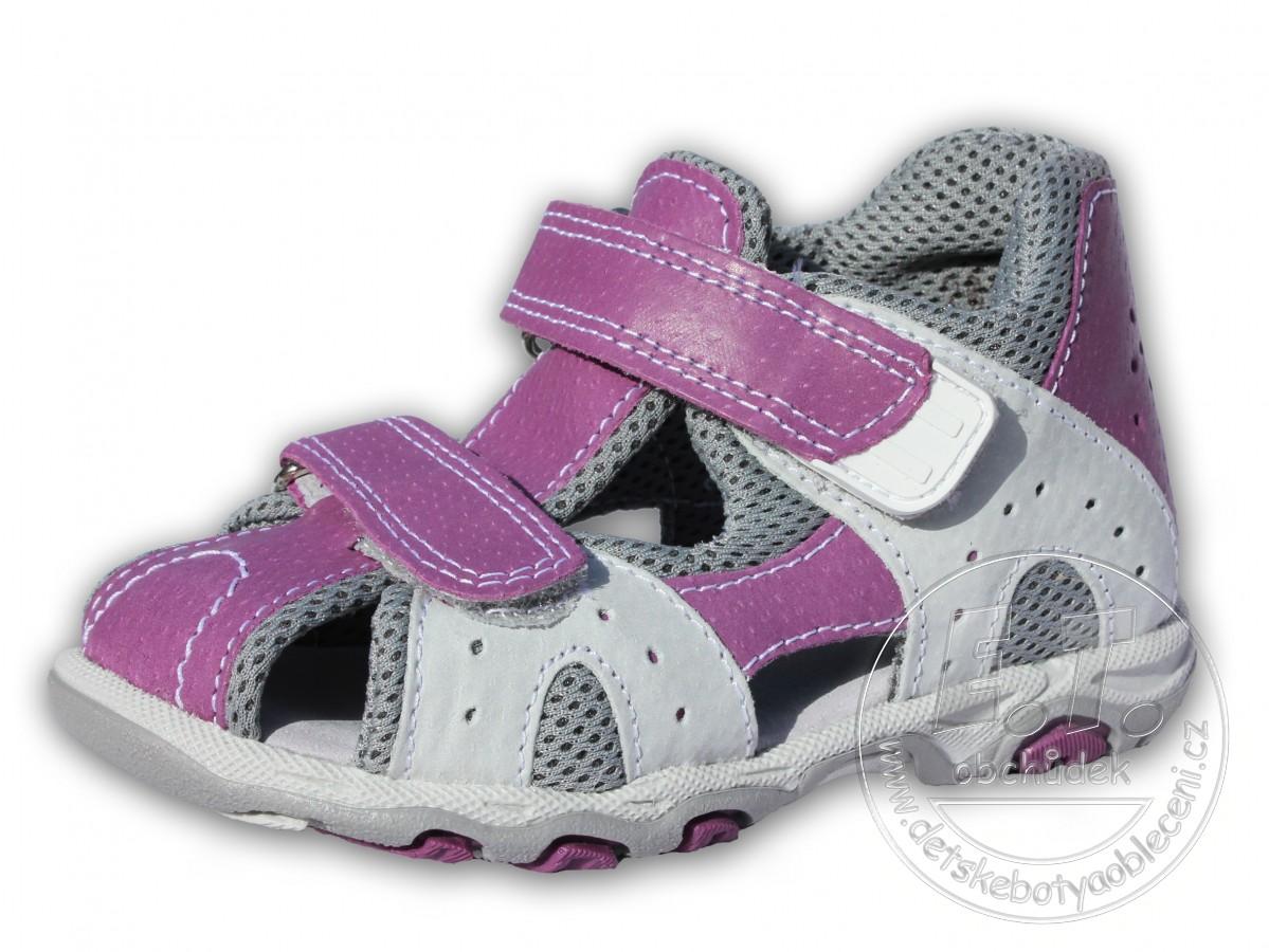 f48d7a01575 Letní sandále